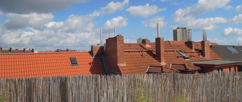 Ausblick von einer Dachterrasse in Hannover-Linden - Eine der zahlreichen von Immobilienmaklerin Erika Englitz-Schönke vermittelten Mietwohnungen in einem der begehrtesten Stadtteile Hannovers Hier kenn ich mich aus!