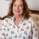 Immobilienmaklerin Erika Englitz-Schönke in ihrem Büro während eines Gesprächs zum Thema Immobilienvermittlung in Corona-Zeiten